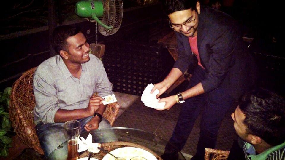Ayush Bisaria magician