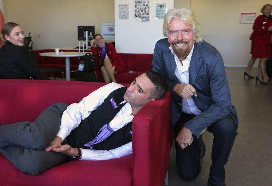 employee-falls-asleep-richard-branson-photoshop-battle-DONE-574d589729b52__880