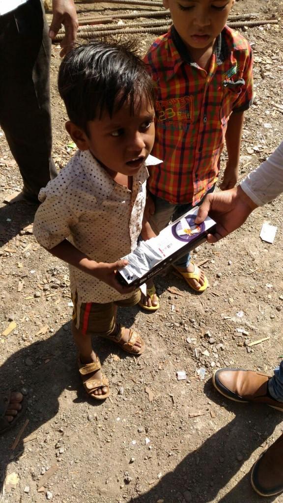 faasos feeds street children after customer complaint