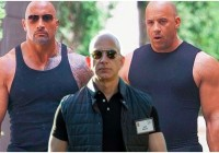 Amazon CEO Jeff Bezos Gets Photographed Looking Unusually Muscular, Becomes Internet Meme