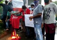 Zomato Delivery Partners Burn Shirts, Quit Jobs To Protest Chinese Investment In The Company